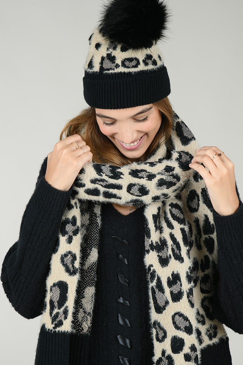 66150 set scarf and beanie panther print