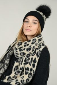 66151-set-scarf-and-beanie-panther-print