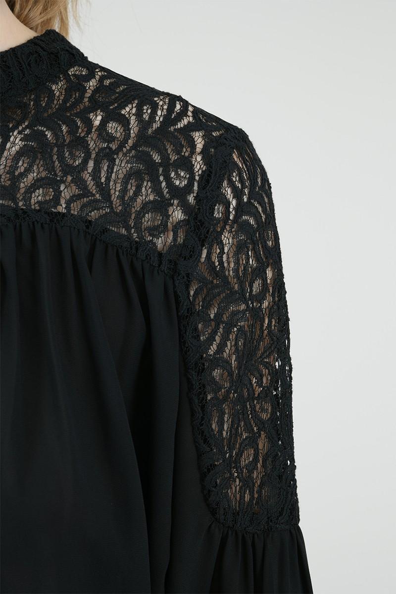 67065 lace yoke blouse