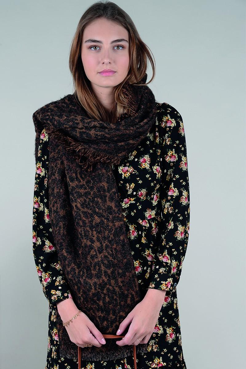 67910 maxi leopard print wrap