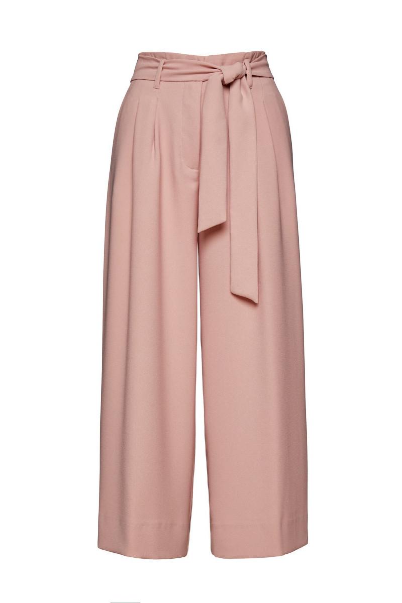 Φαρδύ παντελόνι με πιέτες και ζώνη ροζ